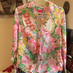 Great Lilly Pulitzer Nosey Posey button down S!